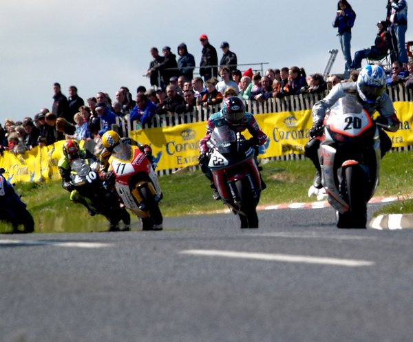 Martin Finnegan leading the pack at the North West 200 - 2006