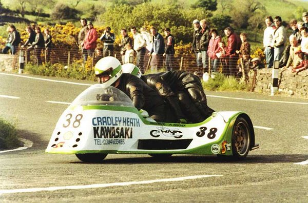1983 TT Race A - Goosneck - Alan Warner is the passenger
