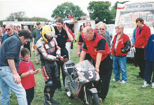 1999 Carrowdore 100 Races - Bertie Payne with Machine