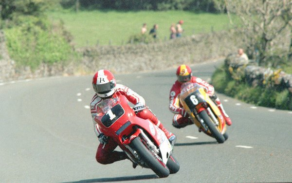 1985 F2 TT _ Tower Bends - Gary Padgett Chasing