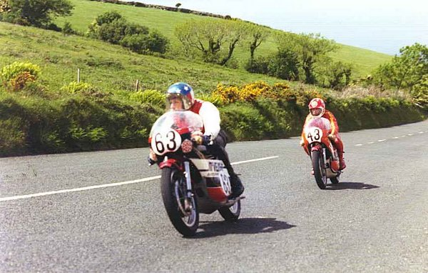 1974 F750 TT - Gooseneck following Bill Ingham