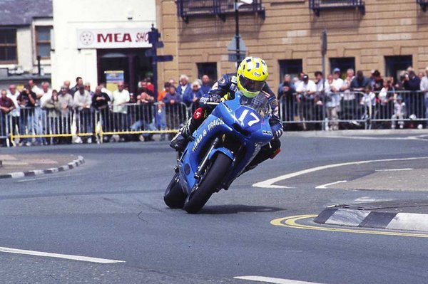 Junior TT - 2004 - Parliament Square