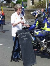 Thumbnail of Waiting for the Start of the Junior TT 2002