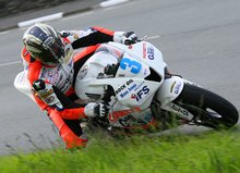 Thumbnail of John McGuinness practices at the 2008 TT