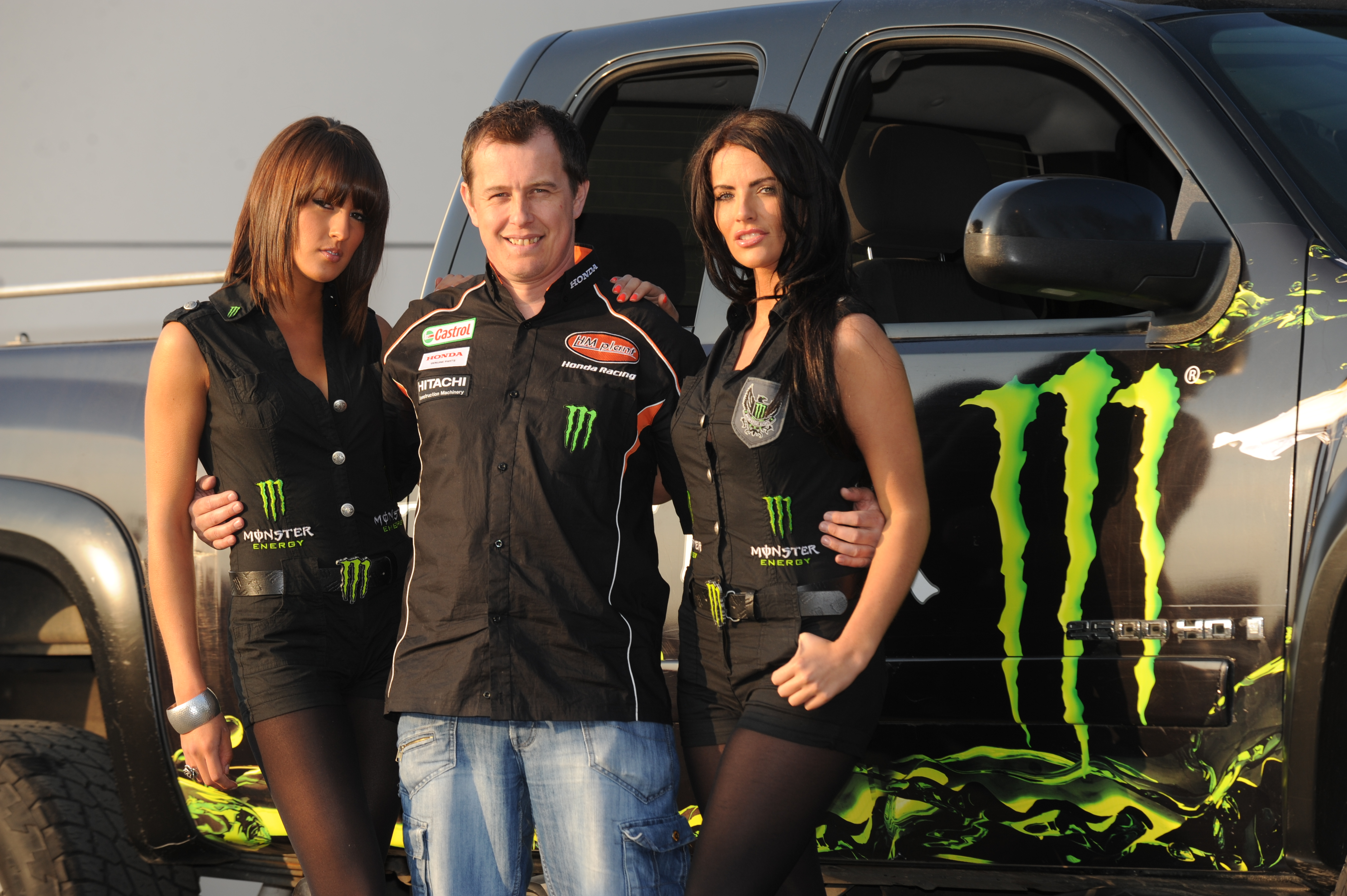 monster energy to fuel the 2010 isle of man tt