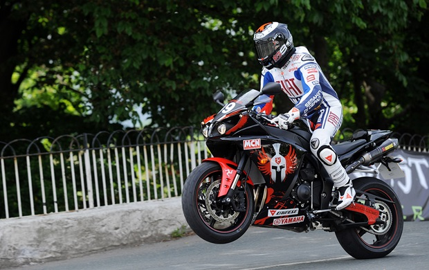 Jorge Lorenzo leaps Ballaugh Bridge