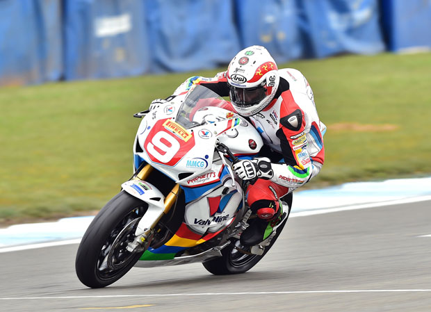 Dan Kneen on his way to an eighth place finish at Donington