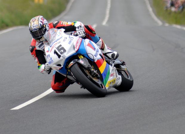 Dan Kneen on the Valvoline Racing by Padgett's Motorcycles Honda CBR1000RR. Credit Pacemaker Press Intl.