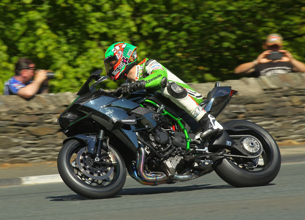 Hillier at speed on the closed-roads demonstration of the Kawasaki Ninja H2R at the 2015 Isle of Man TT fuelled by Monster Energy. Credit Double Red