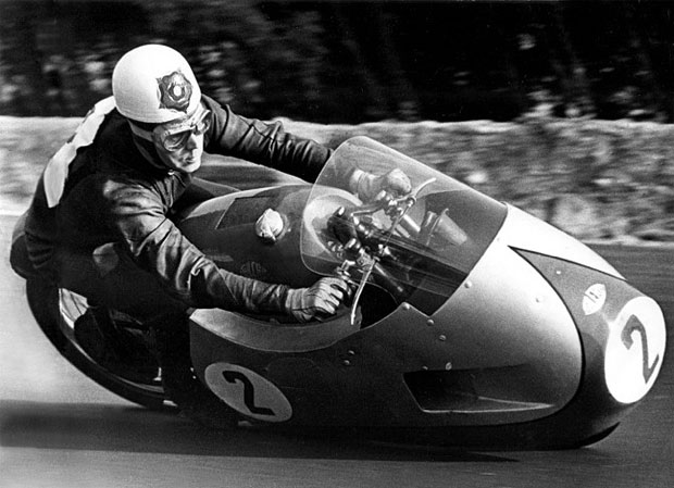 Geoff Duke in action on the 500cc fully-faired Gilera