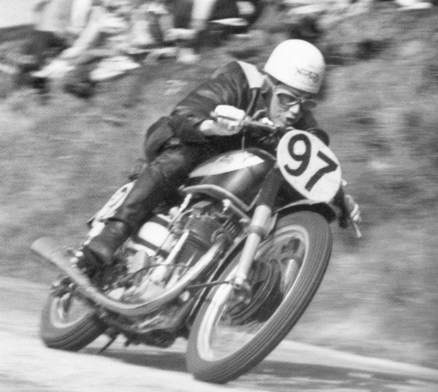 Geoff Duke at speed in the 1949 Manx Grand Prix