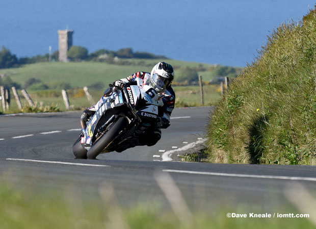 ©Dave Kneale / iomtt.com - Michael Dunlop on the Hawk Racing BMW Superbike. He lapped at 132.365mph on Thursday