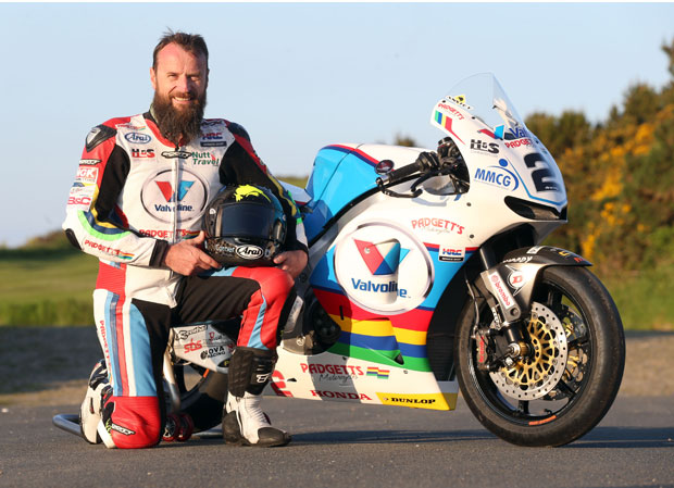 Bruce Anstey with the Valvoline Racing by Padgett's Motorcycles Honda RC213V-S