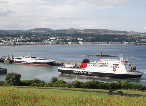 Ben-my-Chree (foreground) and Manannan in Douglas harbour (Isle of Man Steam Packet Co.)