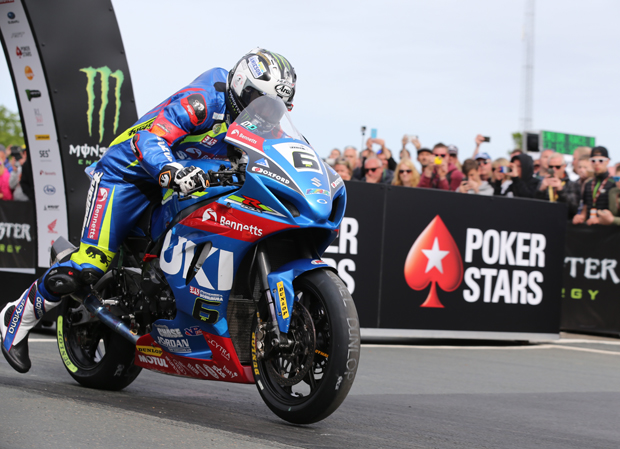 Michael Dunlop sets off for the starts of the PokerStars Senior Isle of Man TT Race