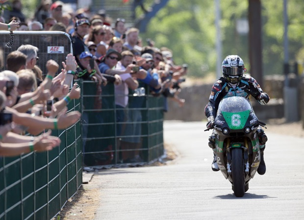Michael Dunlop wins the Bennetts Lightweight TT Race, his 18th TT victory. Photo Stephen Davison / Pacemaker Press Intl