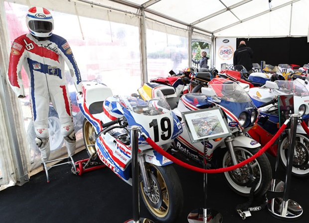 Honda RC30 pop-up museum. Photo credit: Dave Kneen