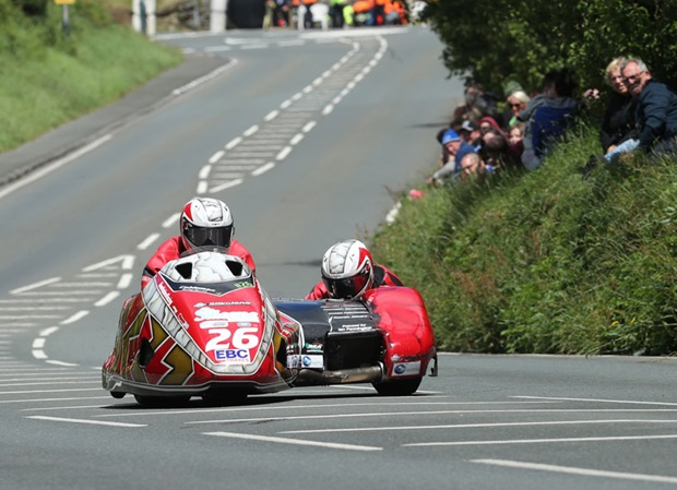 Blackstock and Rosney. Photo by Dave Kneen